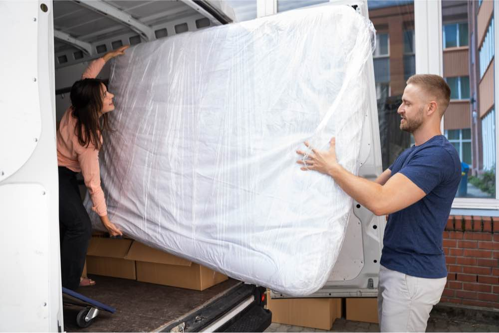 How to Sell a Used Mattress Hero